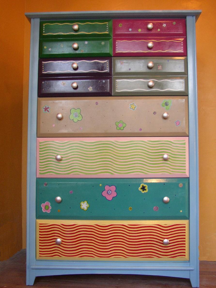 Tall Funky Dresser 850